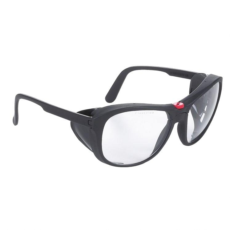 Protective eyewear in polycarbonate