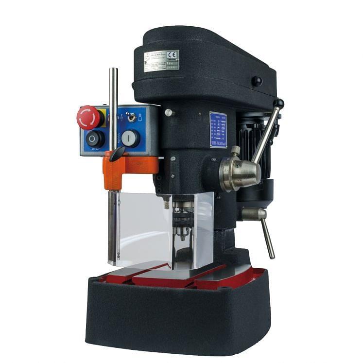 Drilling machine with 6 speeds